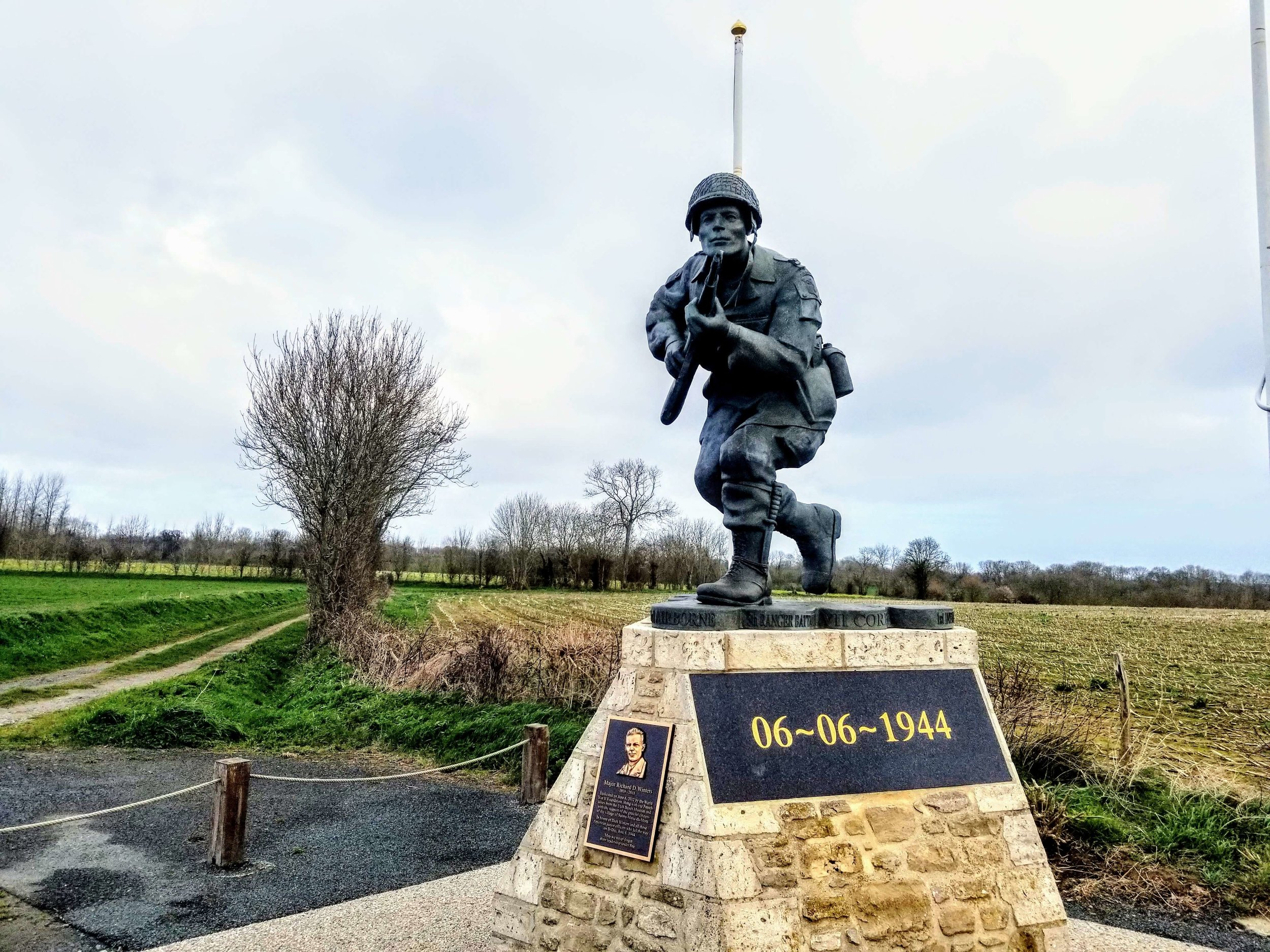 Statue of Dick Winters just outside Utah Beach