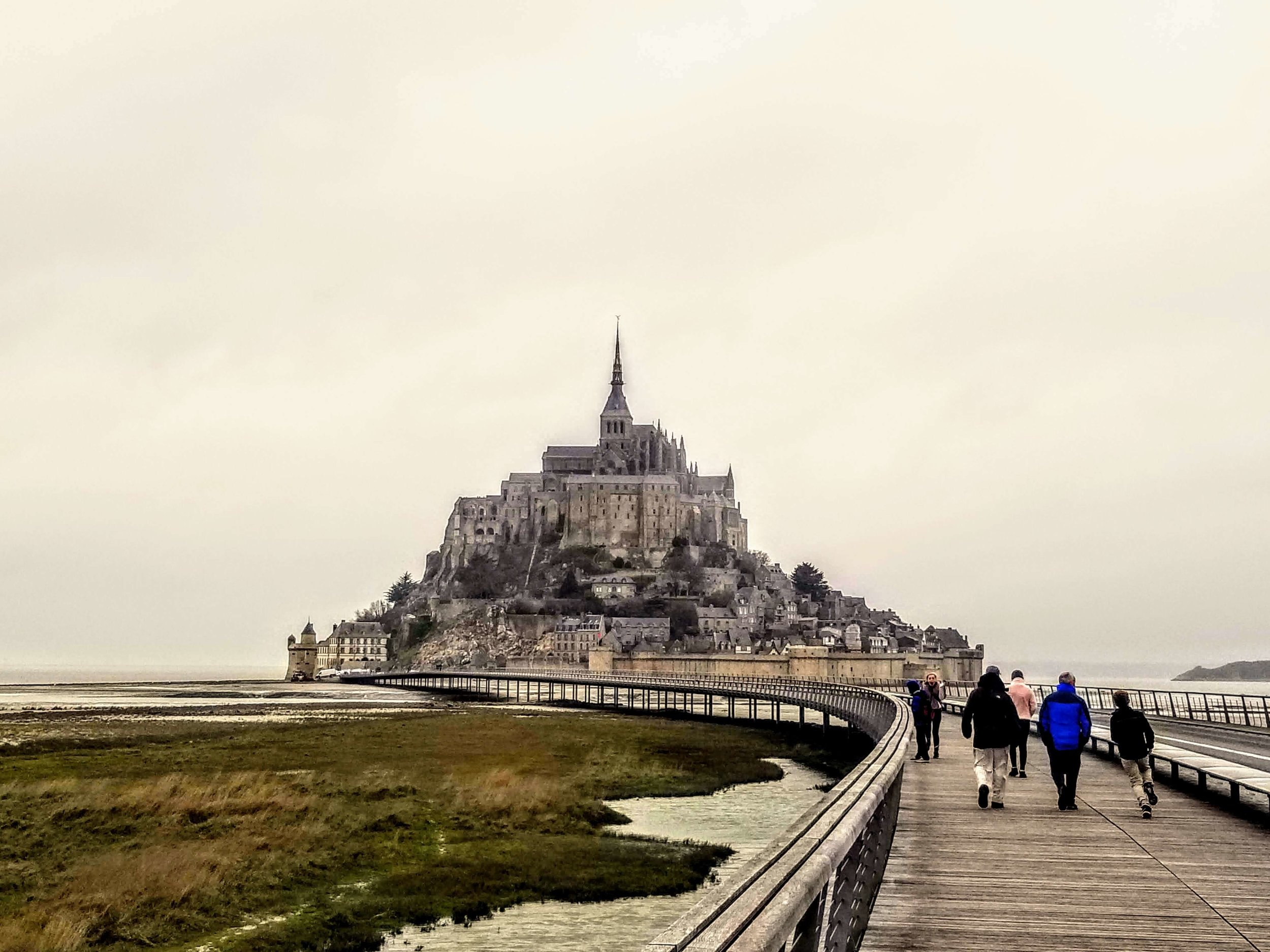 Walkaway to Mont St. Michel