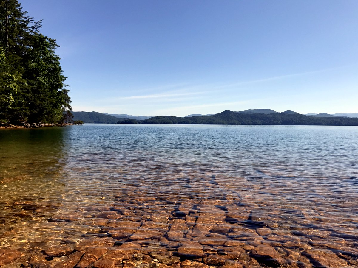 The beautiful, clear water of Lake Jocassee
