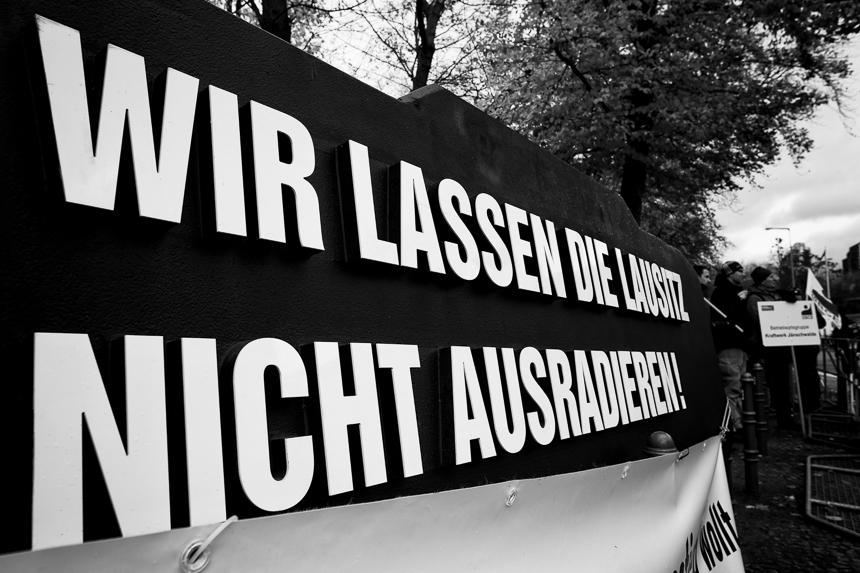 IG BCE protestiert in Berlin für den Erhalt der Braunkohle