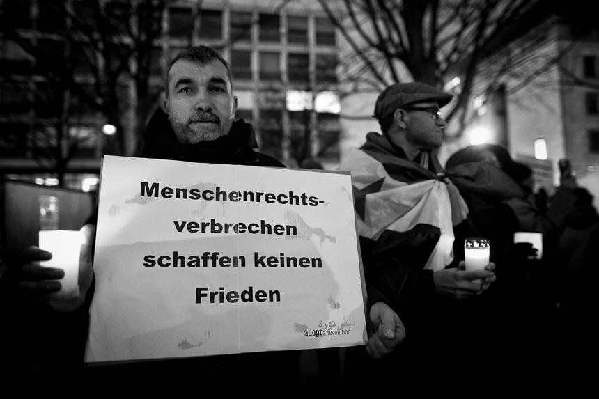 Protest für Ghouta und Afrin in Berlin