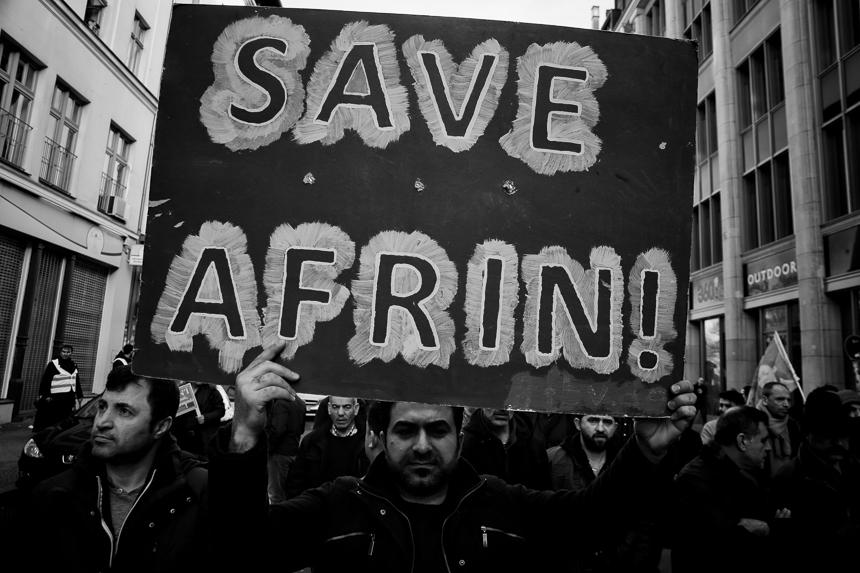 Kurden protestieren in Berlin für Afrin (Efrin)