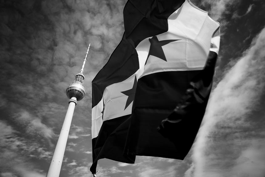 Syrer erinnern in Berlin an den siebten Jahrestag des Beginns de