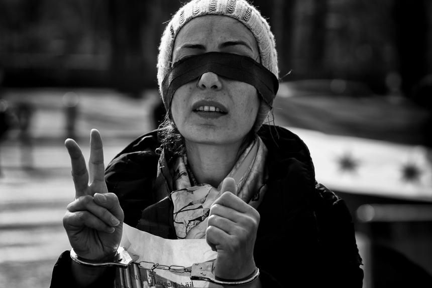 Syrer protestieren in Berlin für ein freies Syrien