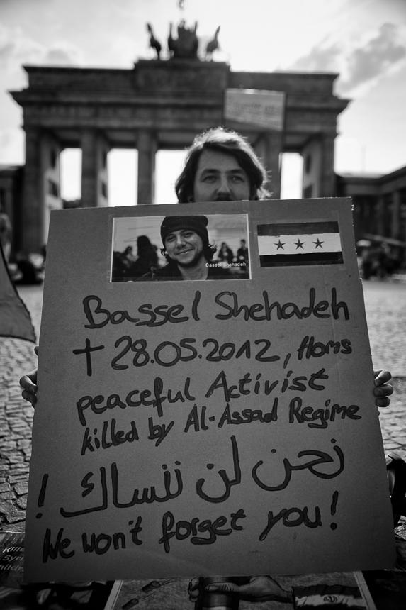 Protest in Berlin gegen die Eroberung des syrischen Yarmouk