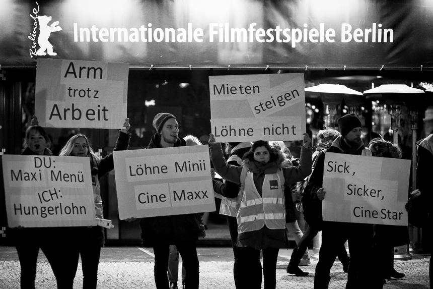 Verdi protestiert während der Berlinale für Lohnerhöhungen f
