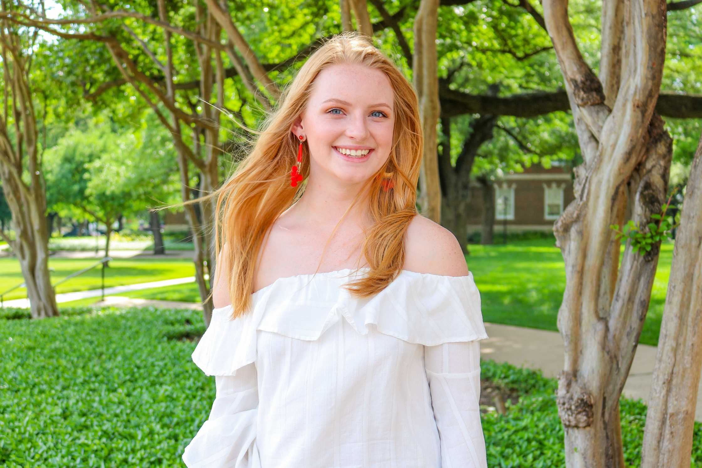 Kealey is a sophomore from Melissa, Texas who is studying Vocal Performance and Music Education with minors in Musical Theatre and Spanish. She loves music, connecting to people, and ice cream. One day Kealey dreams of being a famous musician and represented Boaz last year with an amazing performance in the Commons Cup Talent Show. Her favorite memory in Boaz was playing Ping Pong on the third floor throughout all hours of the night. When she's not cheering on the Boaz Bees Intramural teams or playing ping pong, Kealey can be found near third floor west!