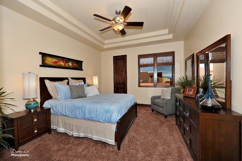 bedroom_0.jpg