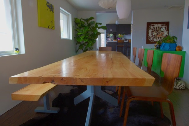 Dinh Dining Table small 3.jpg