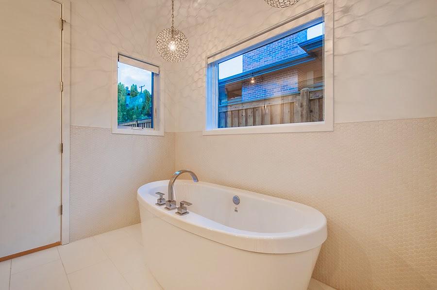 1336677_Master-Bathroom_high.jpg