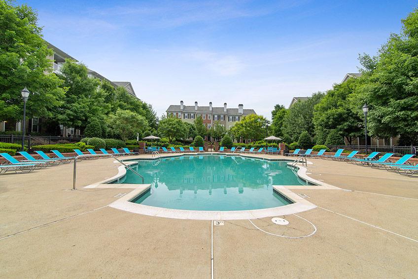 Avemore-Swimming-Pool-2_sized.jpg