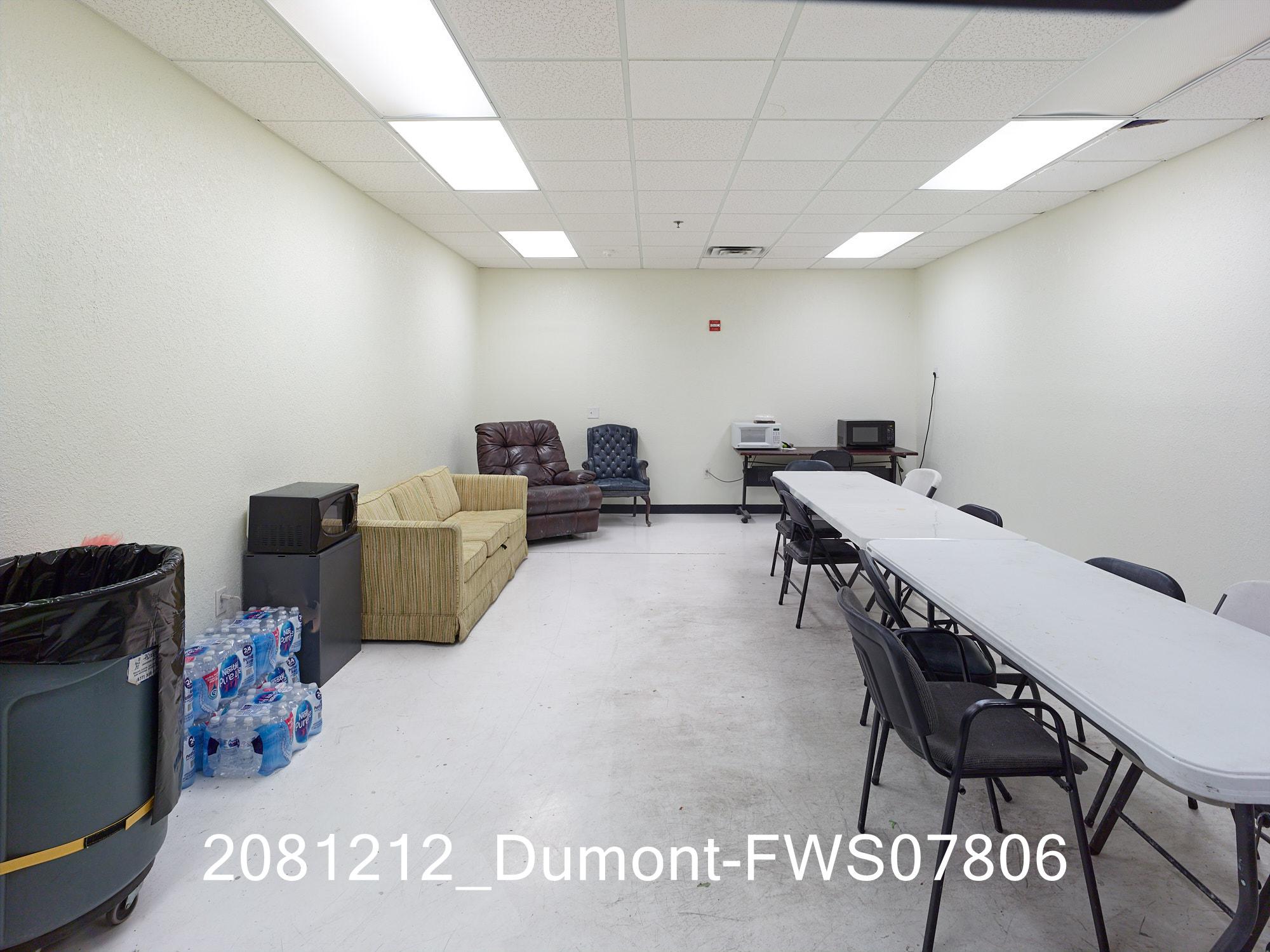 2081212_Dumont-FWS07806.jpg