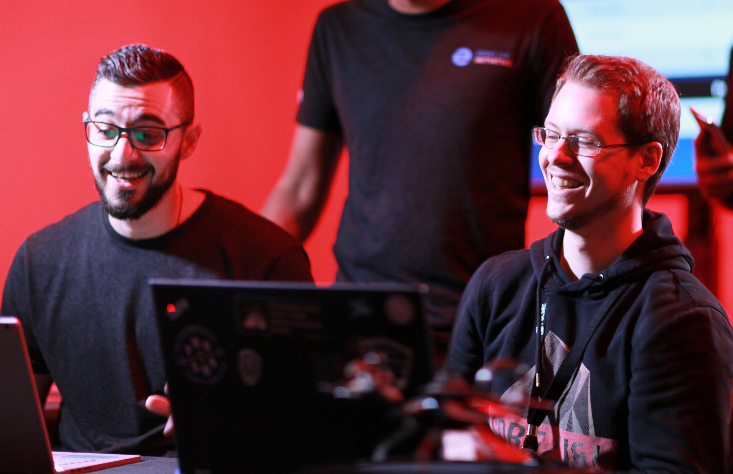 Niklas Baumstark and ZDI researcher Abdul-Aziz Hariri watch a successful Oracle VirtualBox exploit