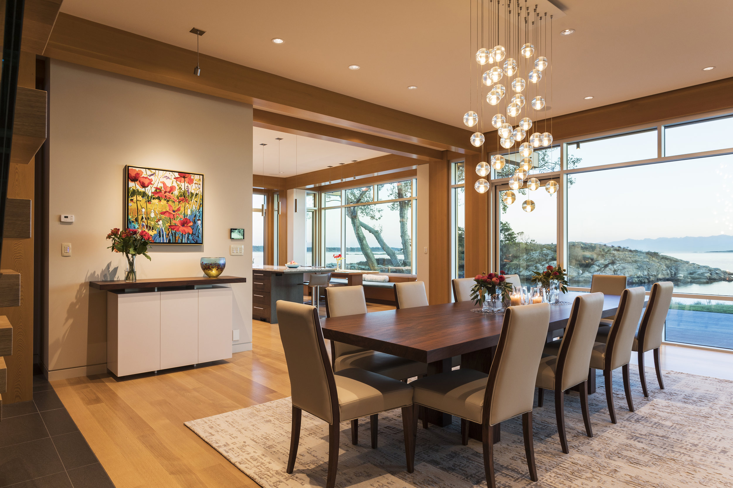 5. Dining Rm to kitchen 2930 copy.jpg