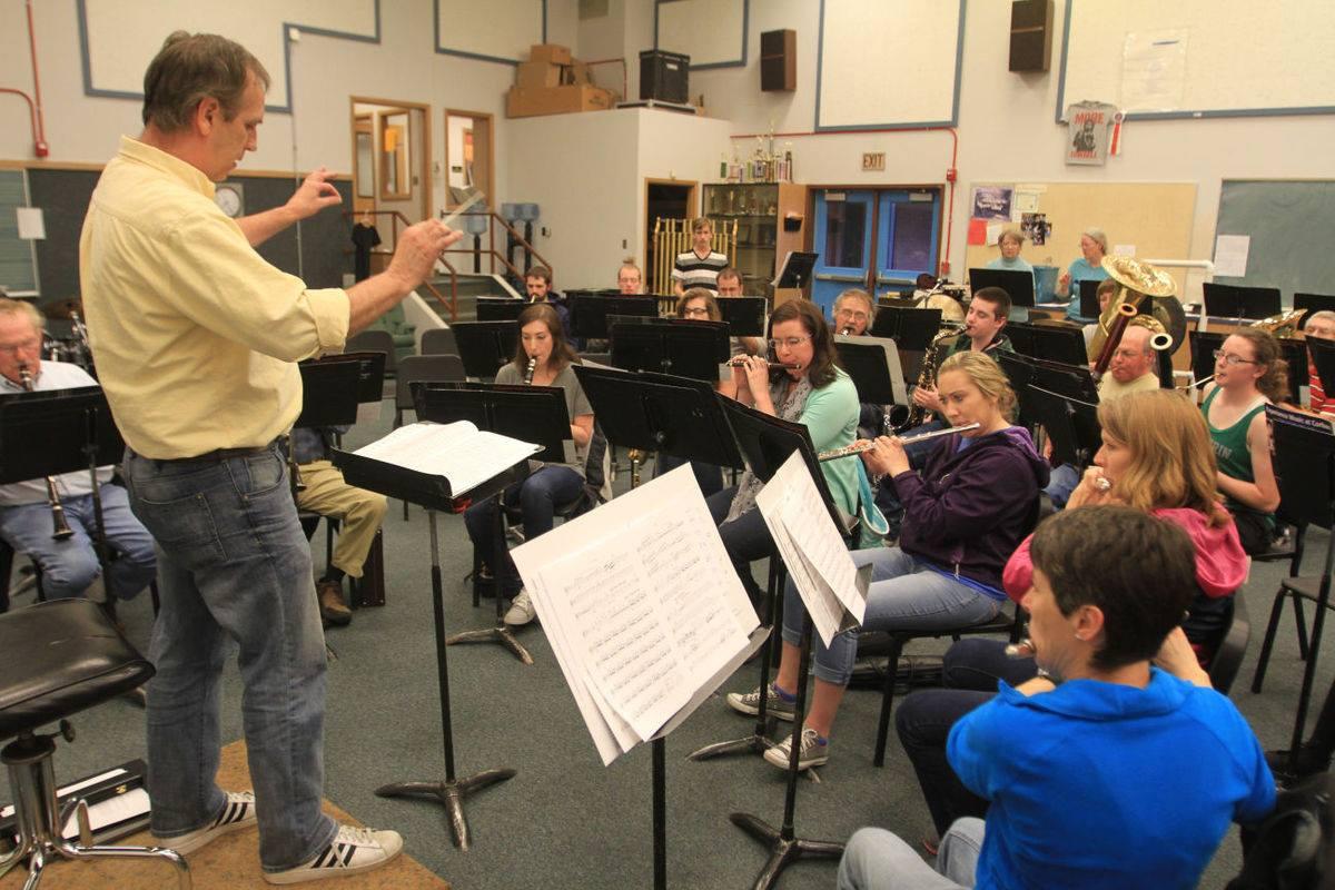 Rob Izzett Leading Rehearsal
