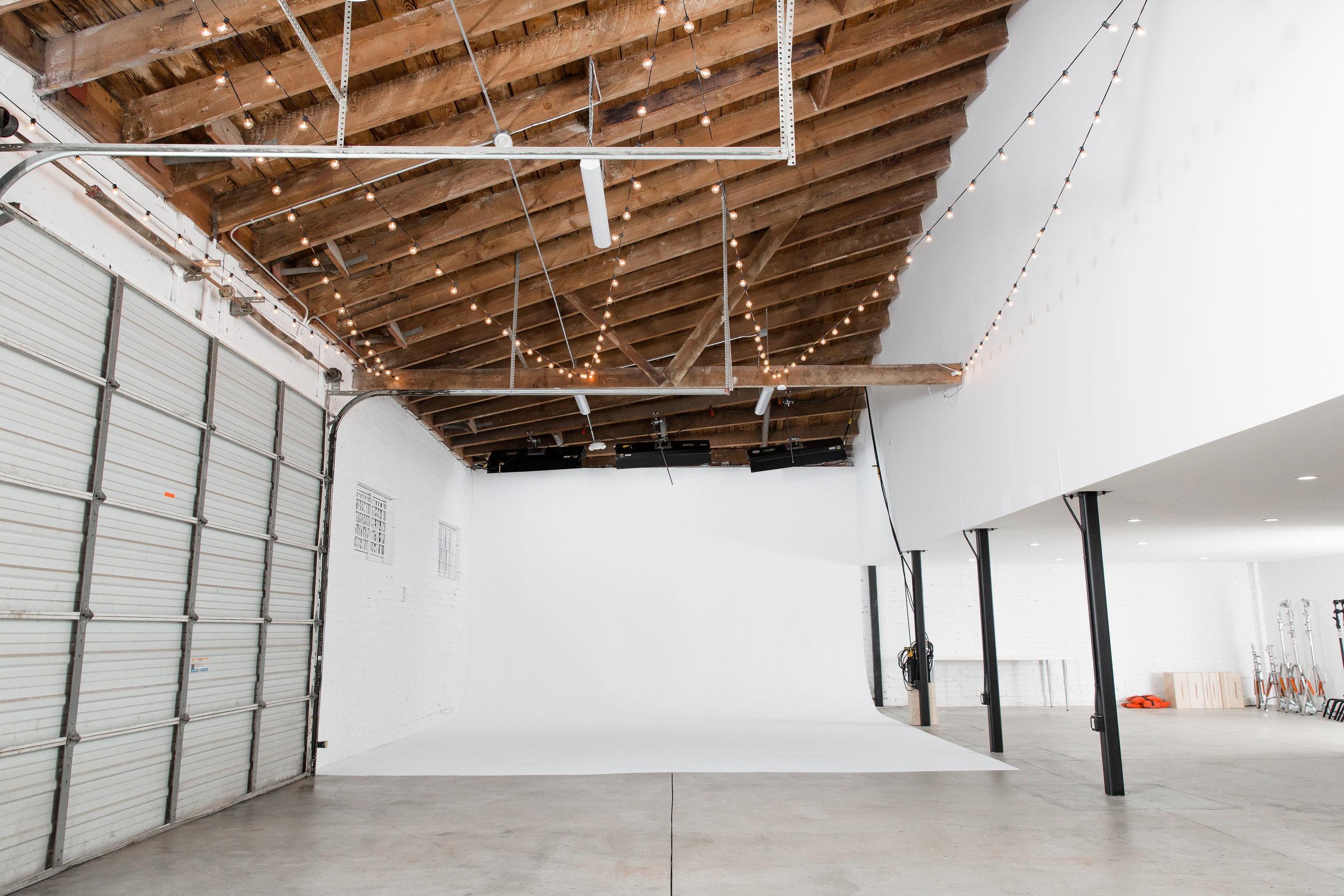 White Cyc Studio 47 Highland Park.jpg
