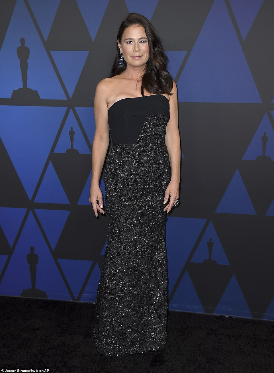 VRAM Jewelry Chrona Sapphire Earrings Maura Tierney Governor's Ball