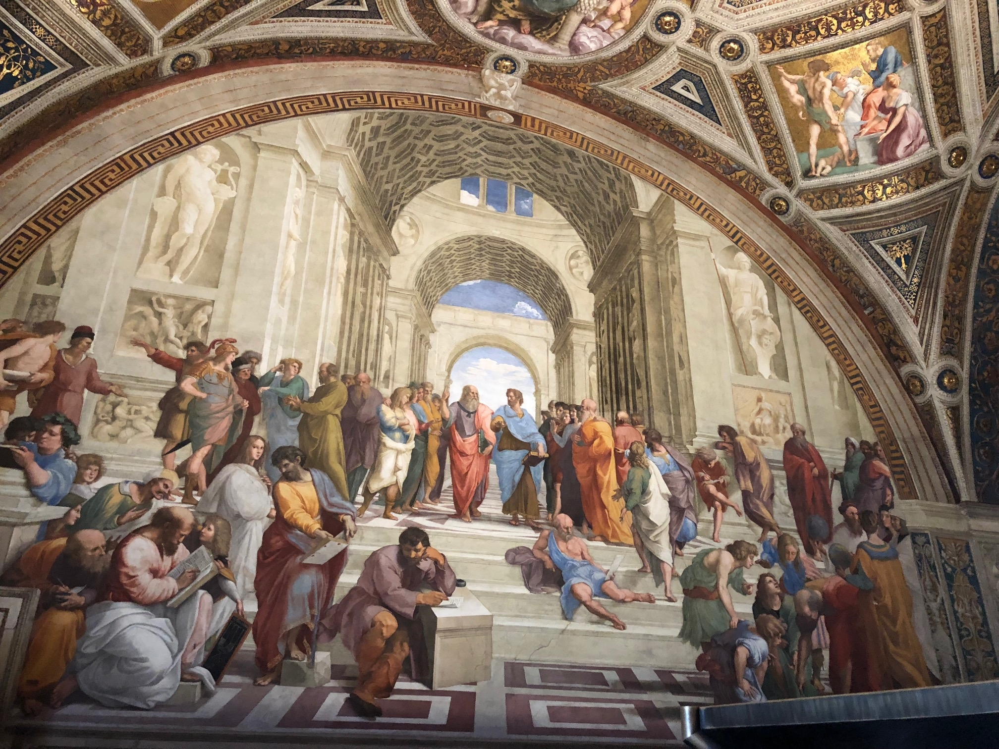 Raphael The School of Athens in Rome.jpg