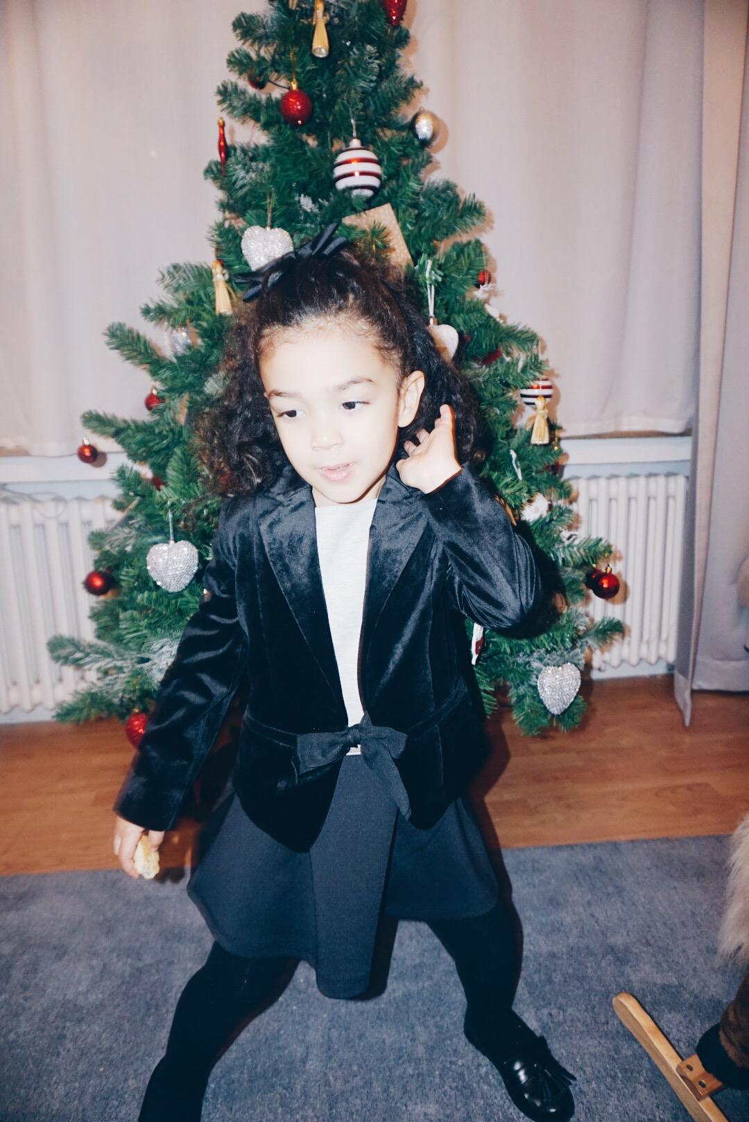 blazer black.jpg