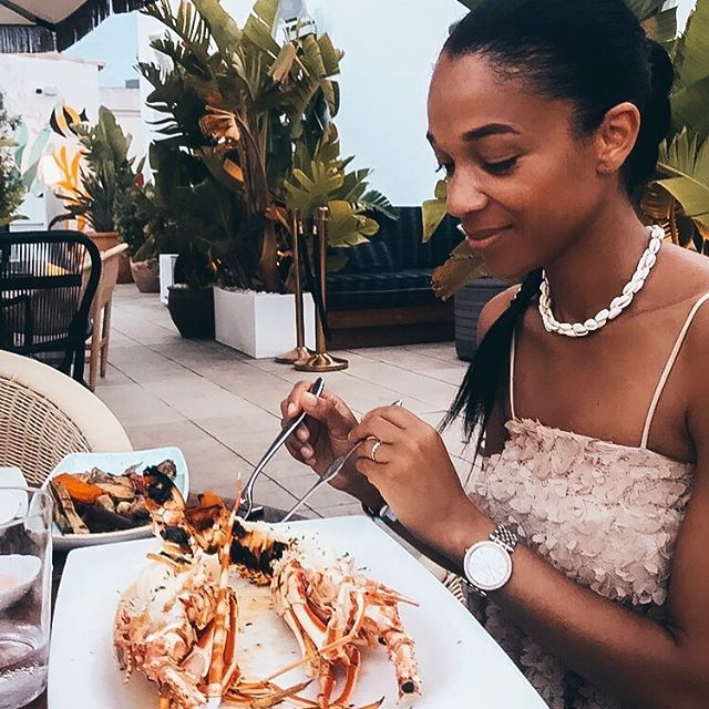 Last meal In Ibiza....🌴 Tasting the best seafood in town. @cafemontesol