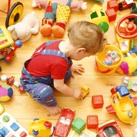 kid-playing-with-toys-280x280-0.jpg