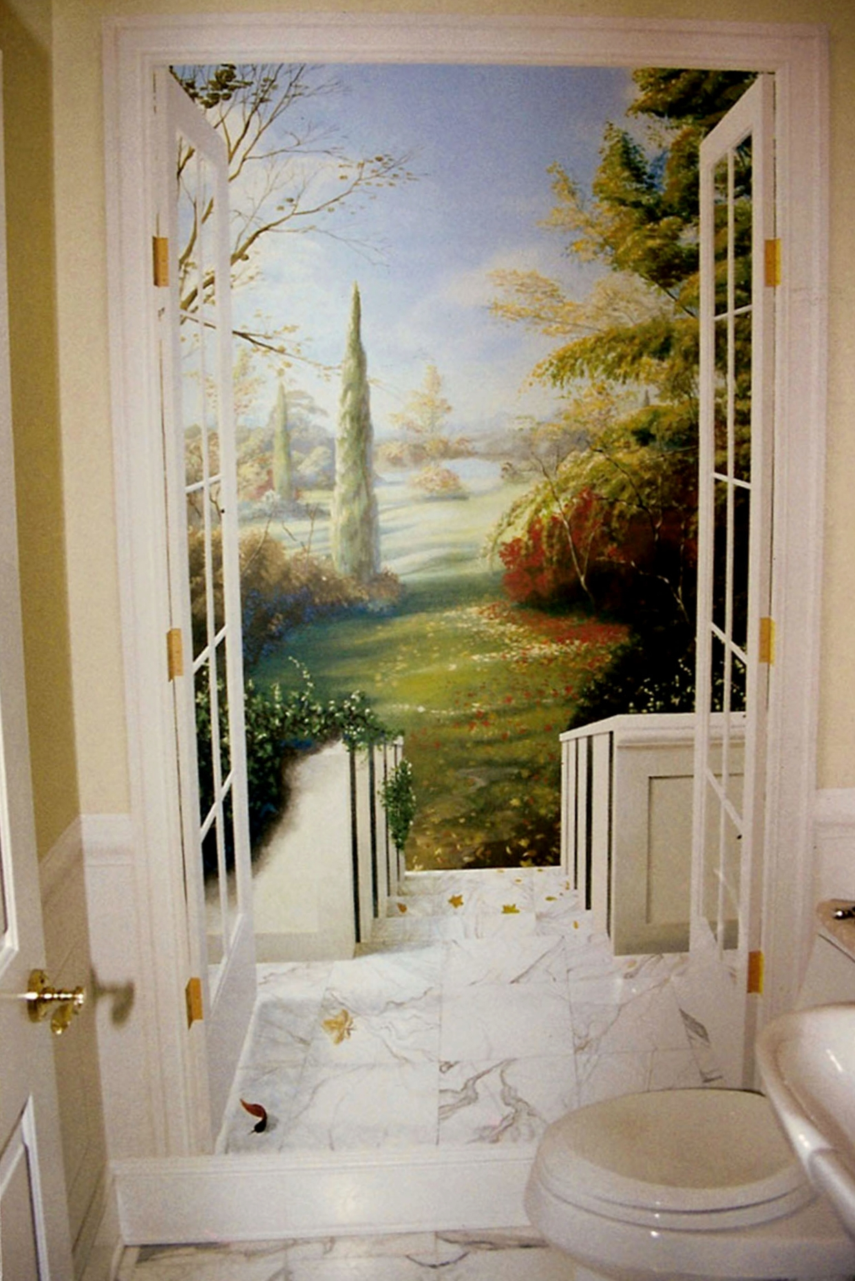 Trompe l'oeil doorway
