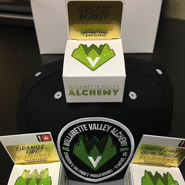 Fresh drop of diamonds from @willamette.valley.alchemy along with a verity of other quality options for your dabbing pleasure. Come check out the fresh selection. • • • • • #keepeugenegreen #thegreenerside #justdoobie #wva #diamonds #eugeneoregon #quality #local