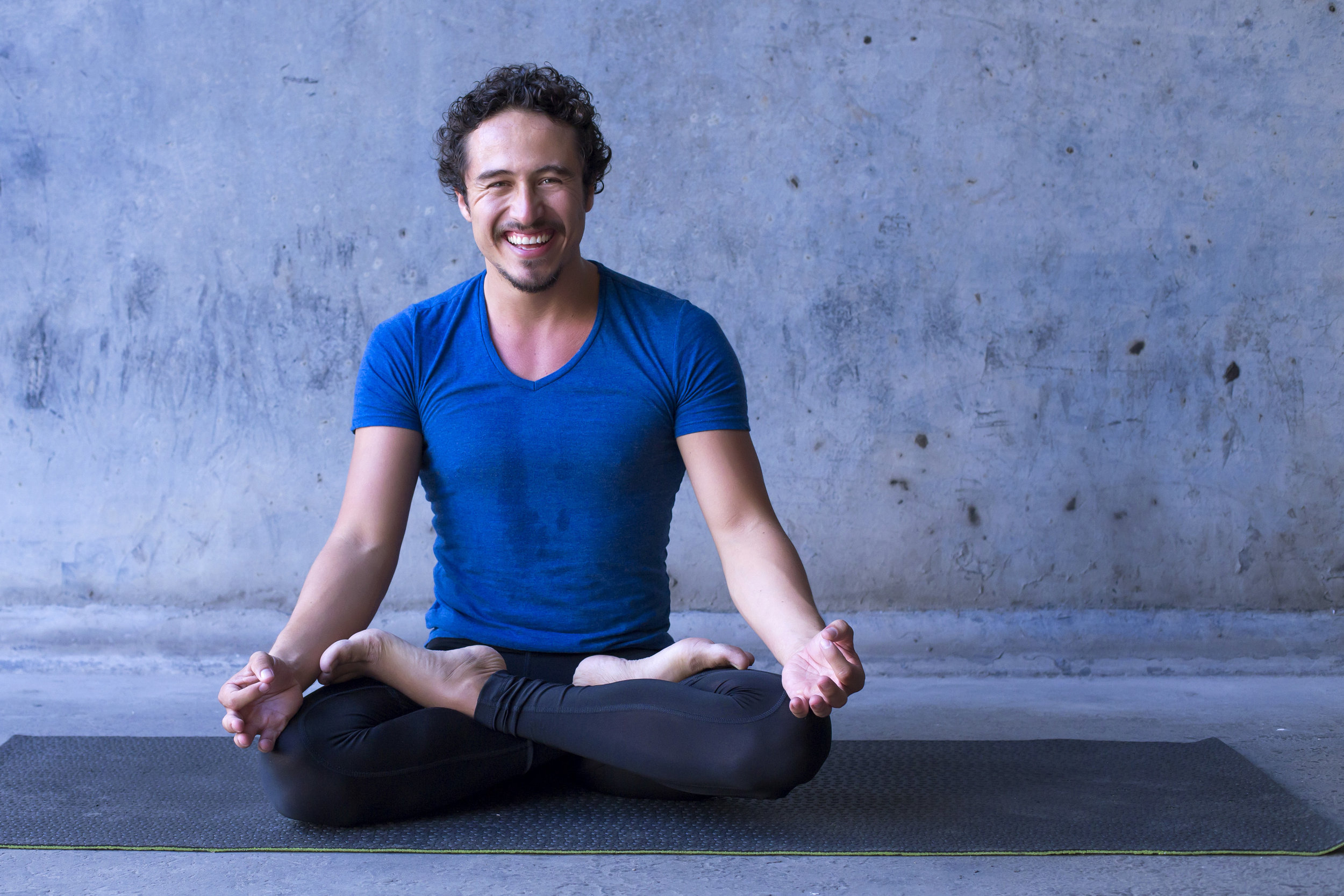 BREATHING FOR FOCUS& STRESS MANAGEMENT - Learn how to use the power of the breath to focus and master daily stress triggers.