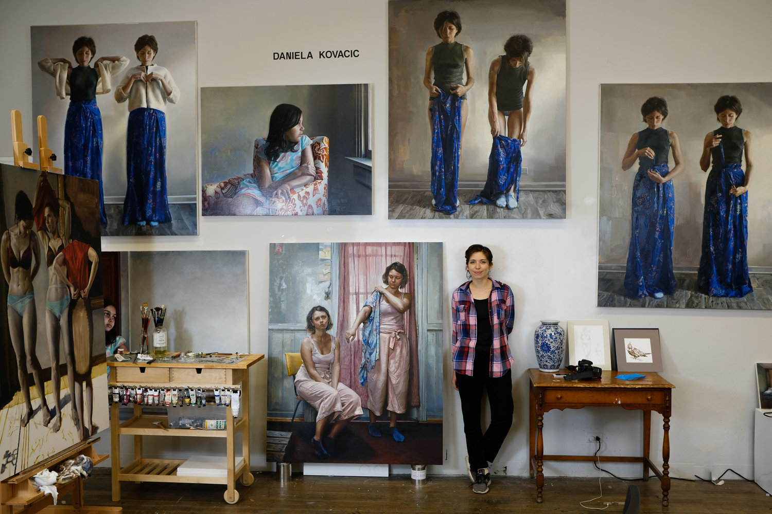 Photograph of Daniela Kovacic in her painting studio by Joerg Metzner w Picturing Evanston