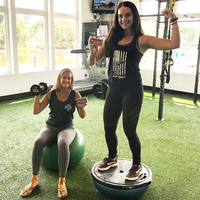 Gym. Community. Views. Ohelyeah bars! @inletfitness has it all!! Check em' out! #gym #workout #fit #fitness #gymlife #gymtime #gymflow #lifting #feelgood #grind #exercise #healthy #healthyfood #healthylifestyle #healthyeating #health #yum #yummy #delicious #snack #vegan #veganfood #energy #gymmotivation #local #community #757 #virginia #virginiabeach #norfolk