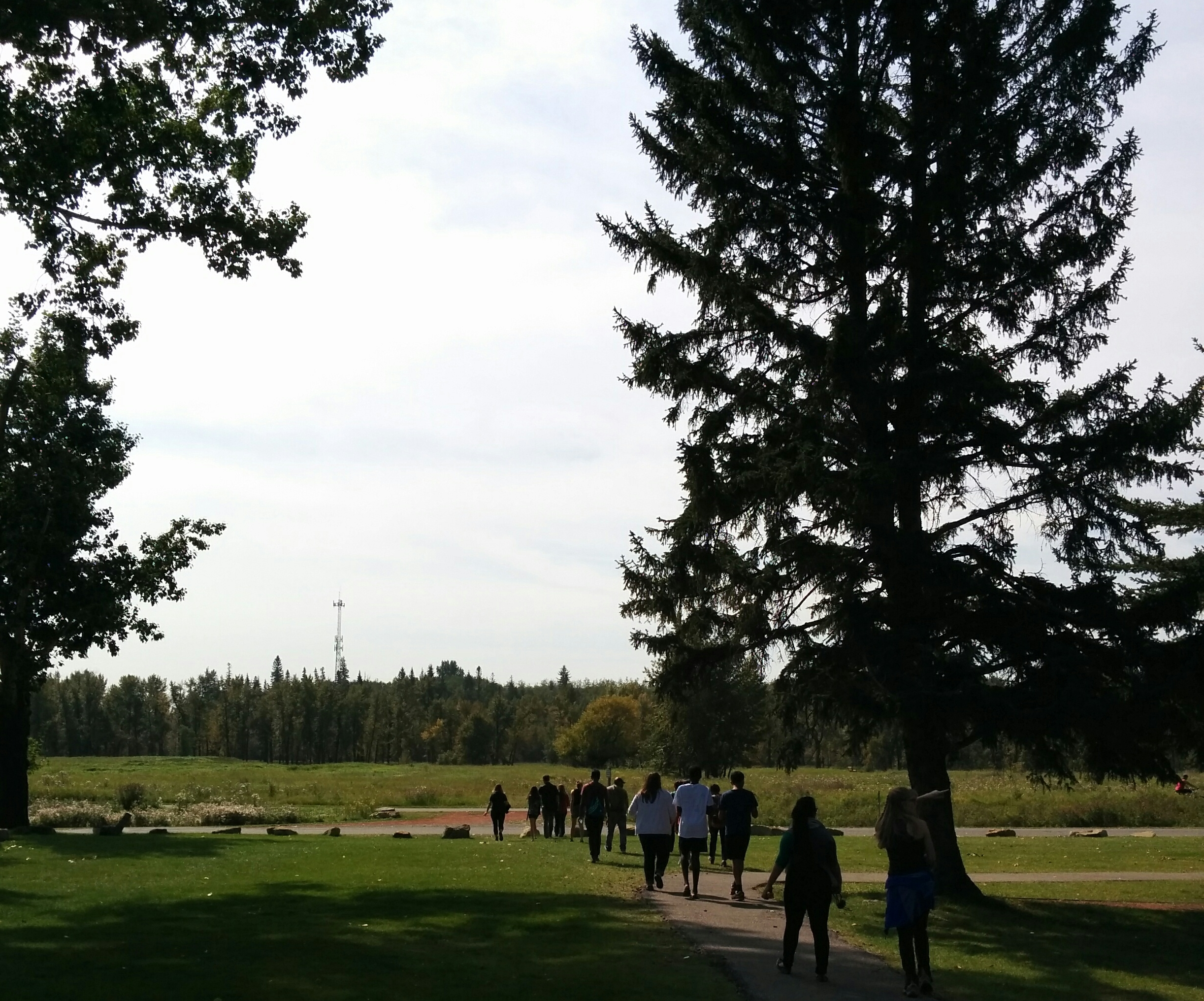 Youth hike at Fish Creek Park, 2016 (cdli)