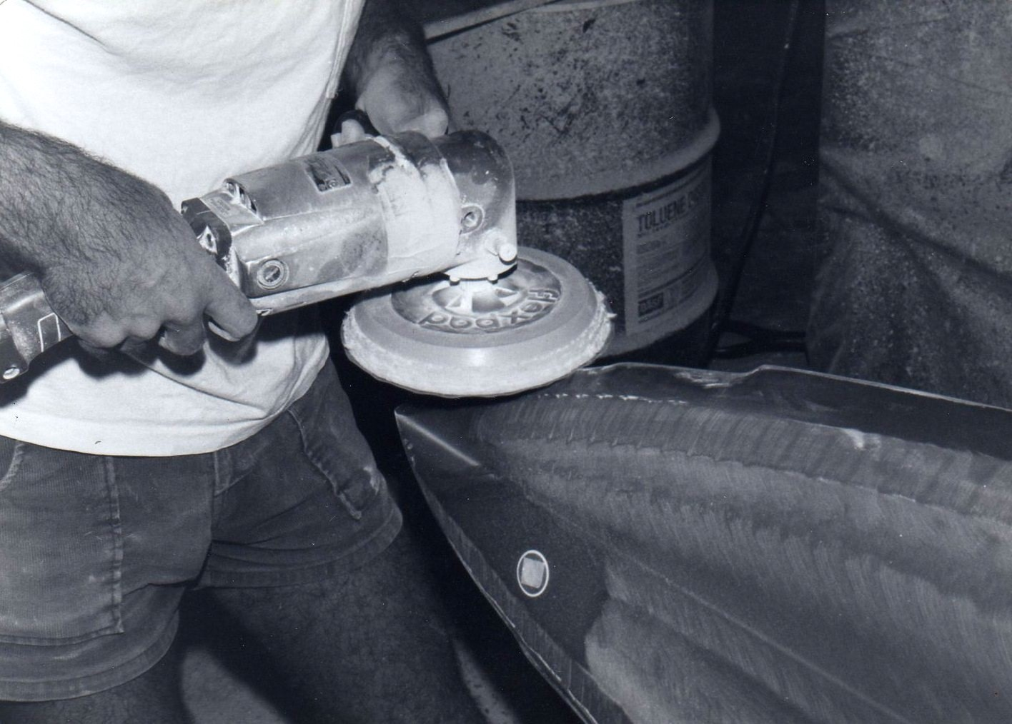 Dry sanding with a old style FLEXPAD. South Shore factory 1980