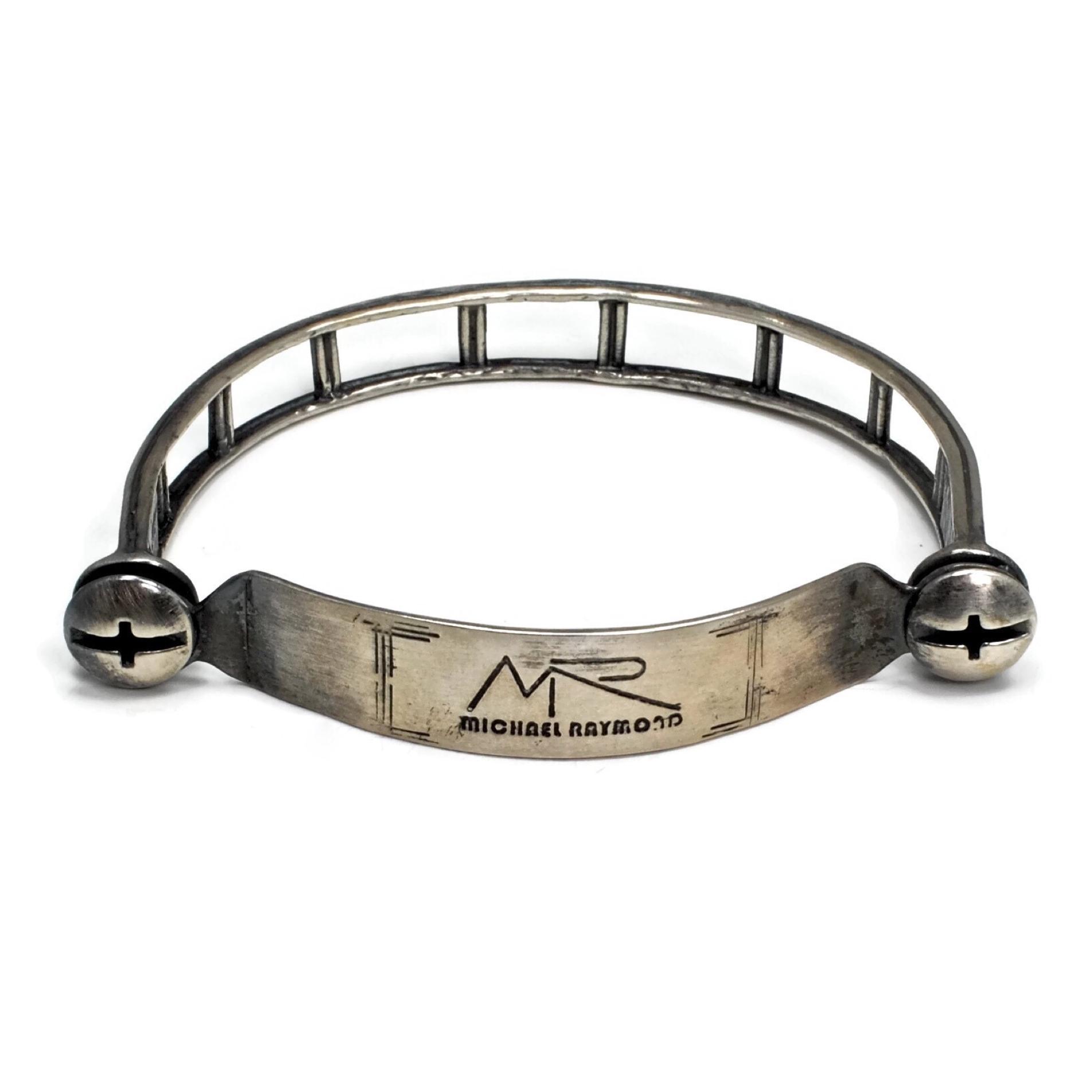 Silver Hinged Bracelet3.JPG