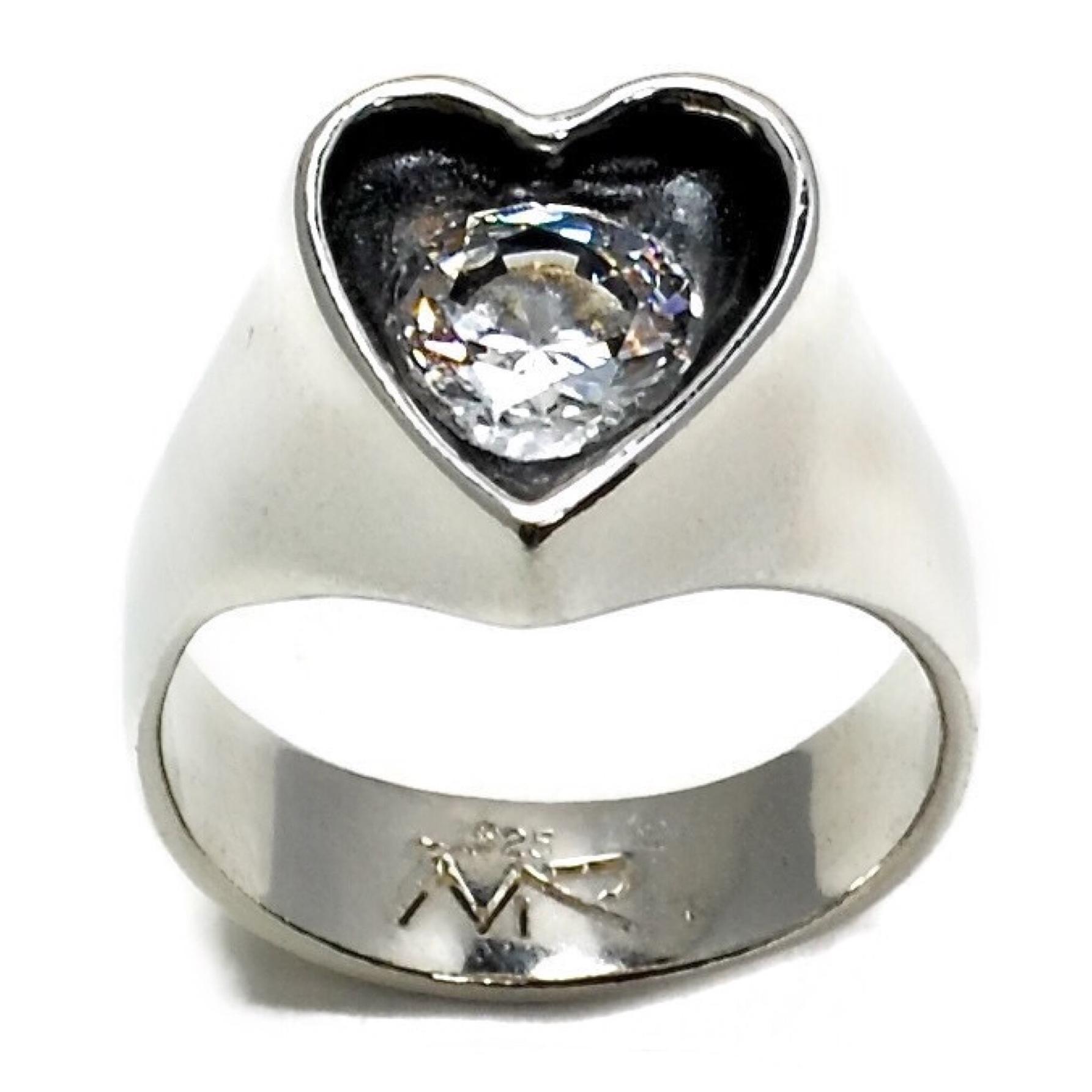 RÖent Heart Ring4.JPG