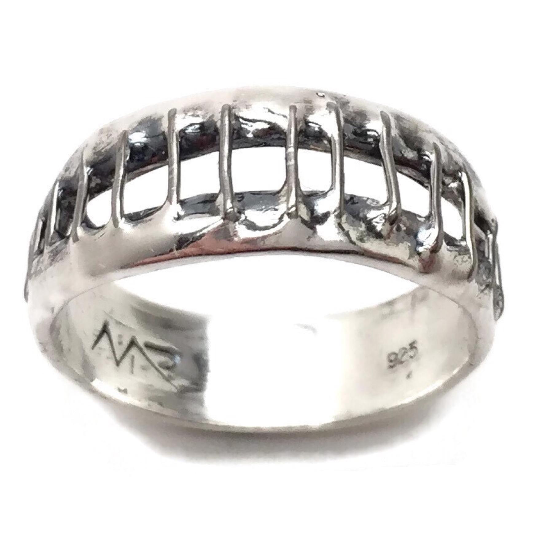 Sonia Staple Ring.JPG