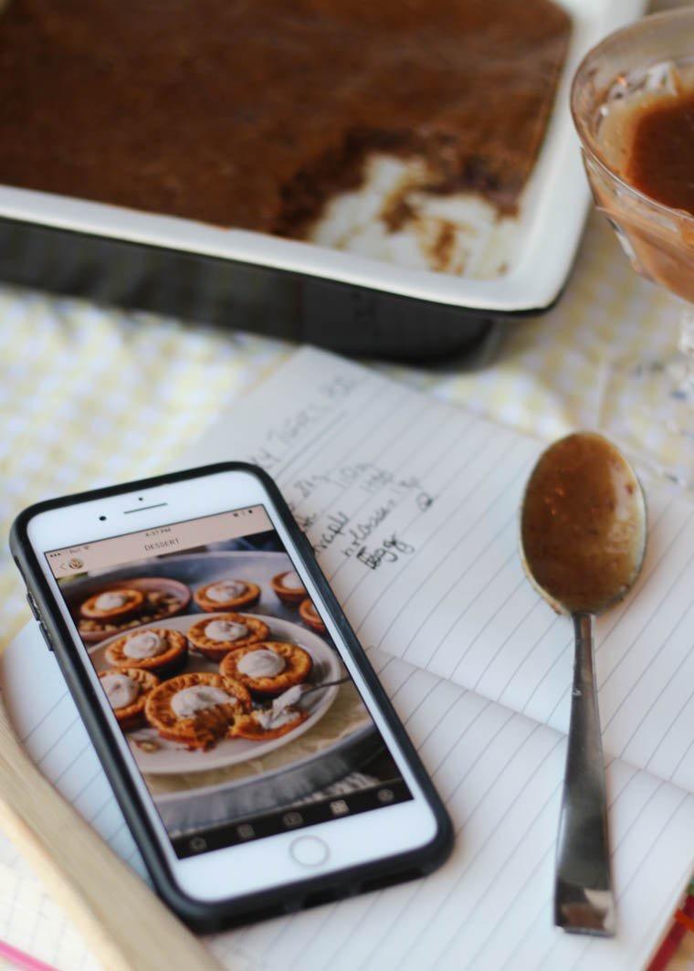 d589d-abbey-sharp-abbeys-kitchen-baking-chocolate-cake-wantfolio.jpg