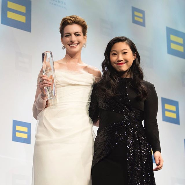 It was such an honor to present the National Ally for Equality Award at @humanrightscampaign to this amazing human being, @annehathaway . Her acceptance speech was so powerful that it made me ugly cry and continued to reinforce why I am so blessed to have her in my life. Please watch it if you can!  CC: @avoyermagyan @prabalgurung