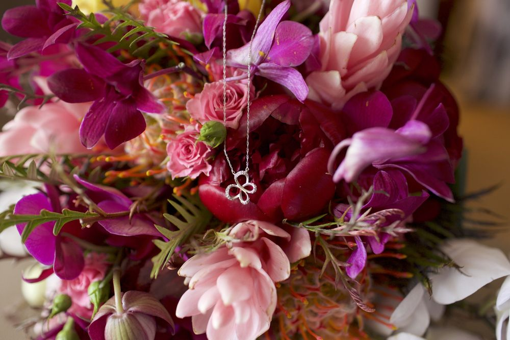country-bouquets-florist-and-floral-arrangement-for-weddings-in-maui-hawaii.jpg