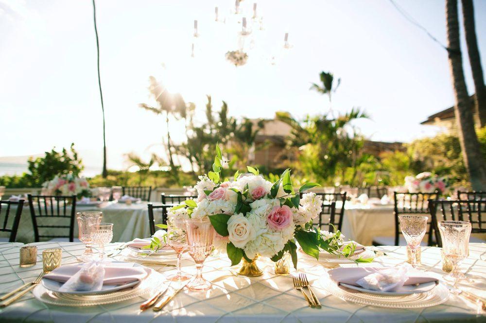 petals-florist-and-floral-arrangement-for-weddings-in-maui-hawaii 2.jpg