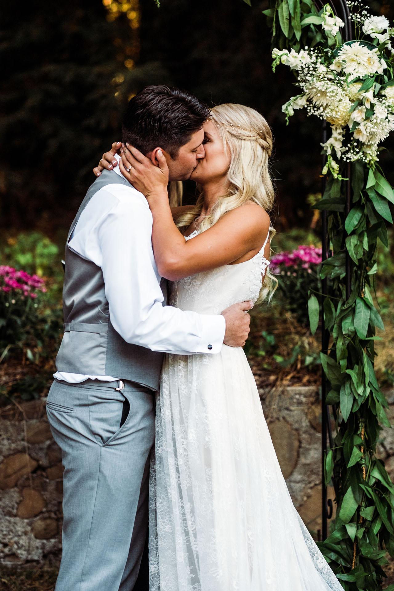 10-7-17 Devon and Jordan's Wedding-113.jpg