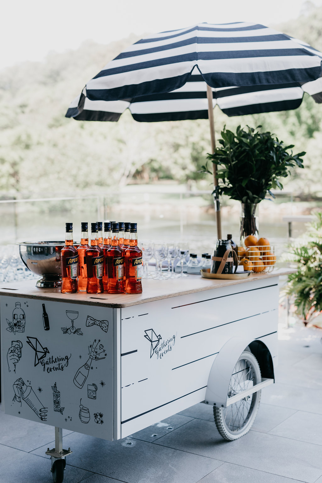 mobile-cocktail-bar-hire-wedding-noosa-sunshine-coast