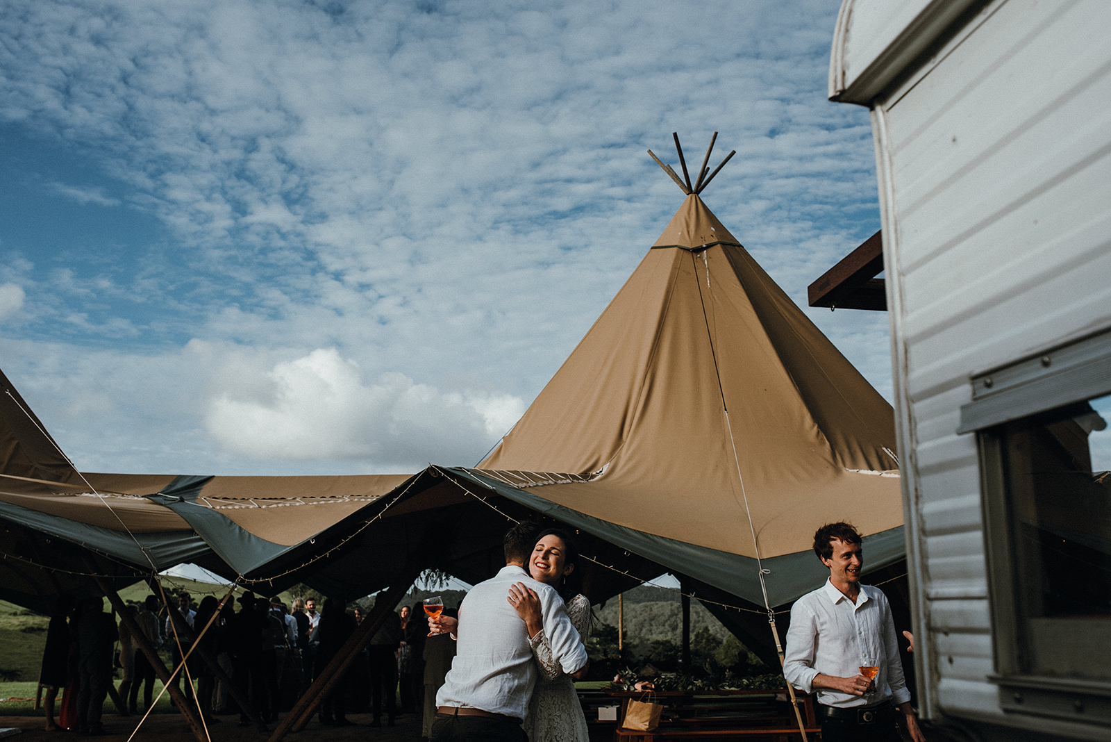 Wedding-outdoors-sunshine-coast-tipi-wine.jpg