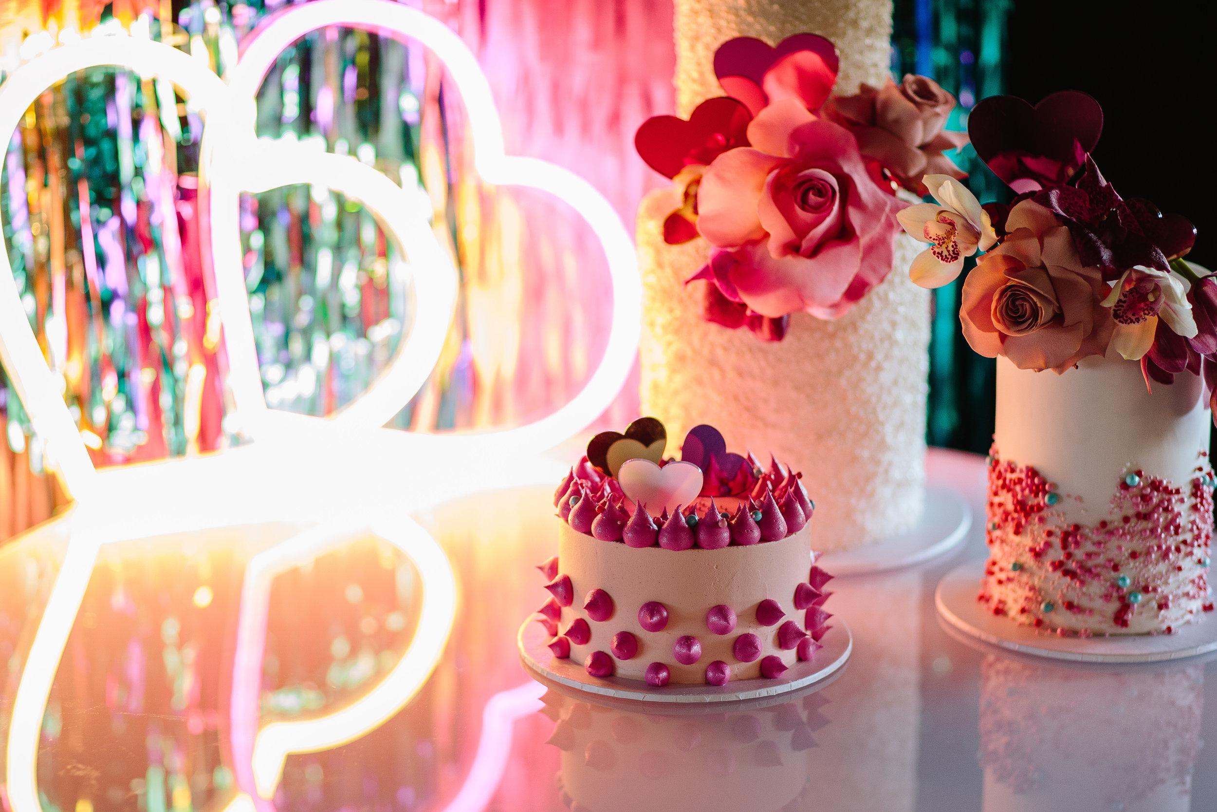 brisbane-wedding-ideas-traditions-neon-sign