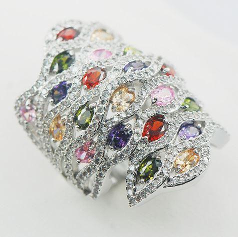 EmbellishedCurves_Plus Size Jewellery_Rainbow Wave Ring