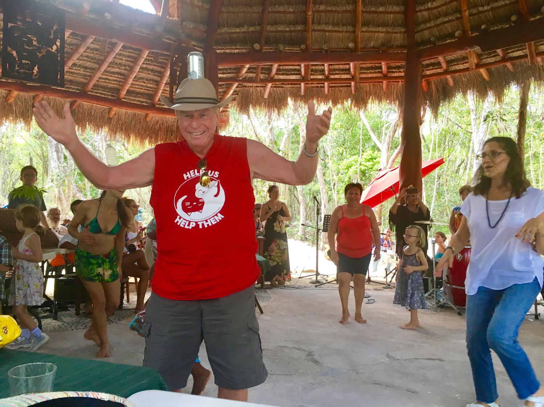 Hammocks_and_Ruins_Blog_Riviera_Maya_Mexico_Travel_Discover_Explore_Beaches_Towns_Villages_Playa_del_Carmen_Pueblo_Sacbe_17.jpg