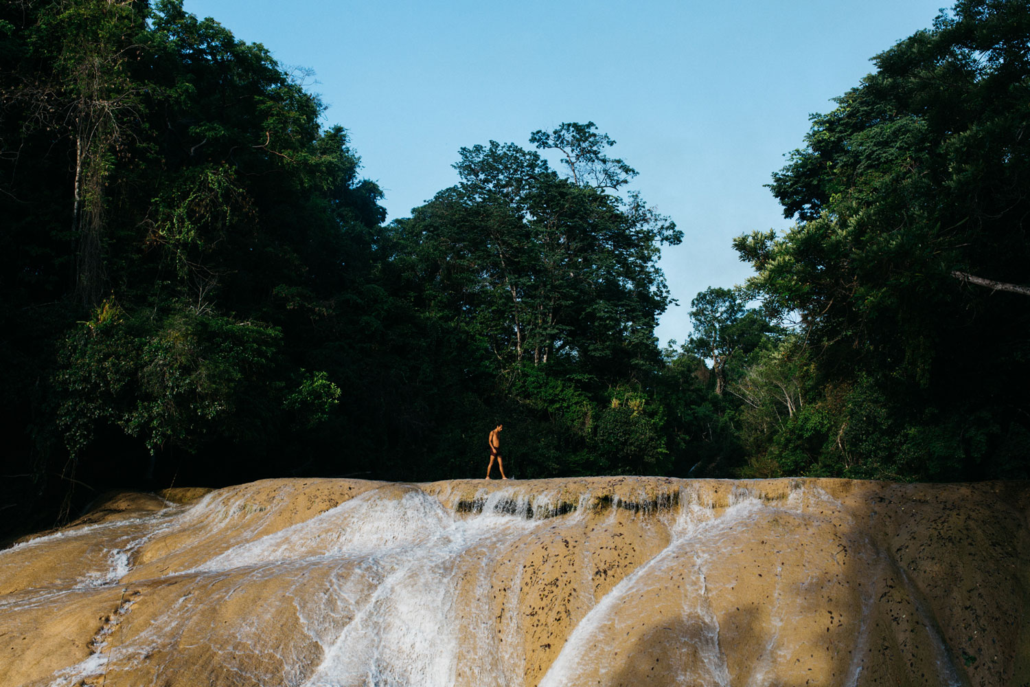 Hammocks_and_Ruins_Town_Villages_Chiapas_Lakes_Rivers_Jungles_Highlands_Agua_Azul_Waterfalls19 (long).jpg