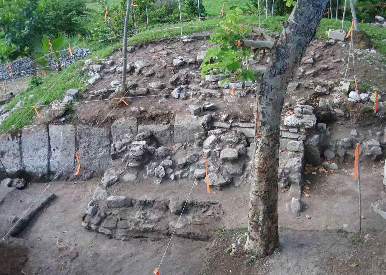Tacul ruins under excavation in 2010