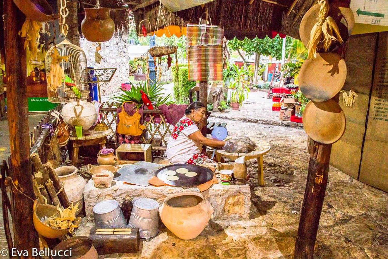 Mayan vendors at the cenote.