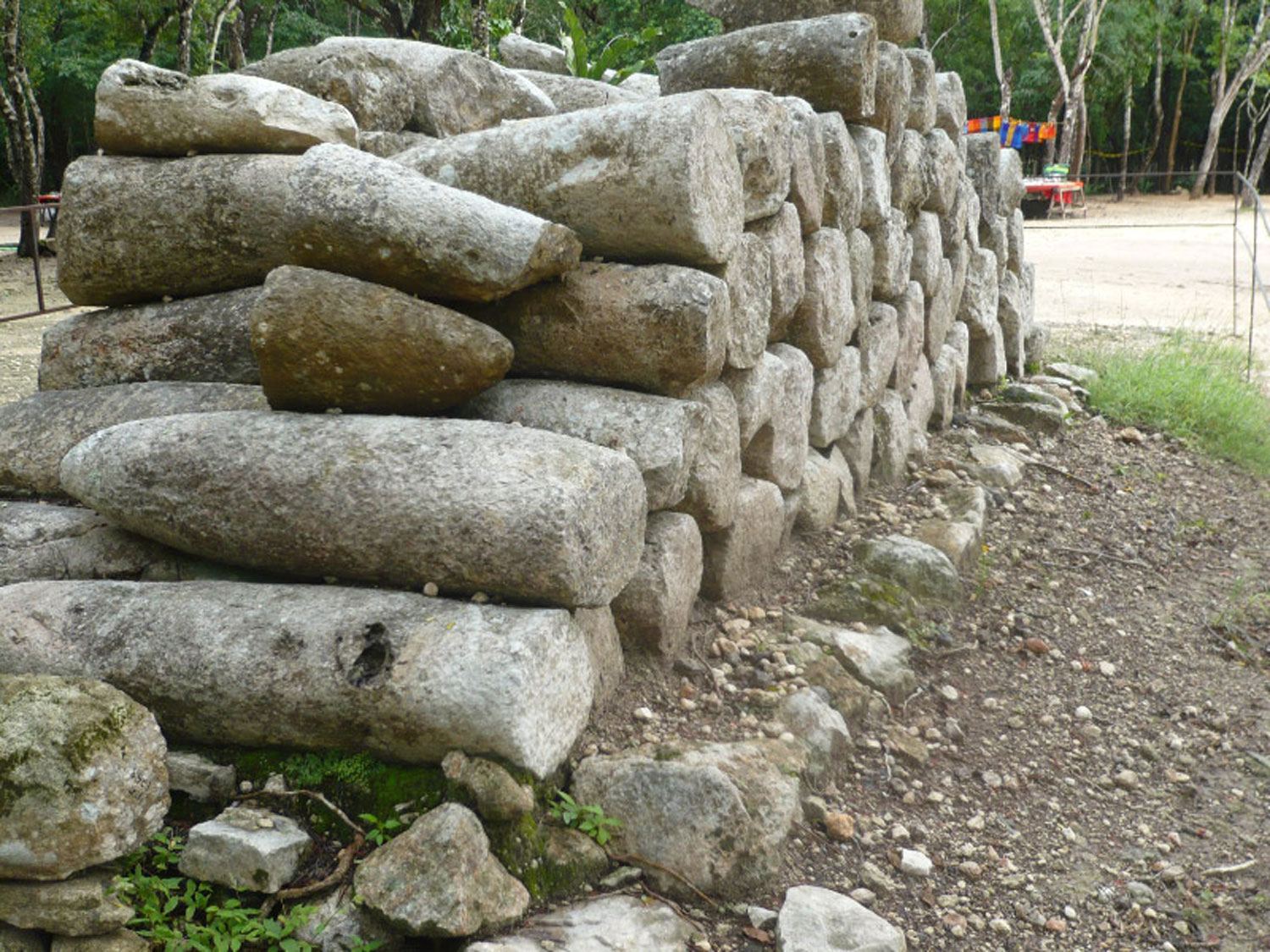 Stacked phalluses in   Chichén Itzá