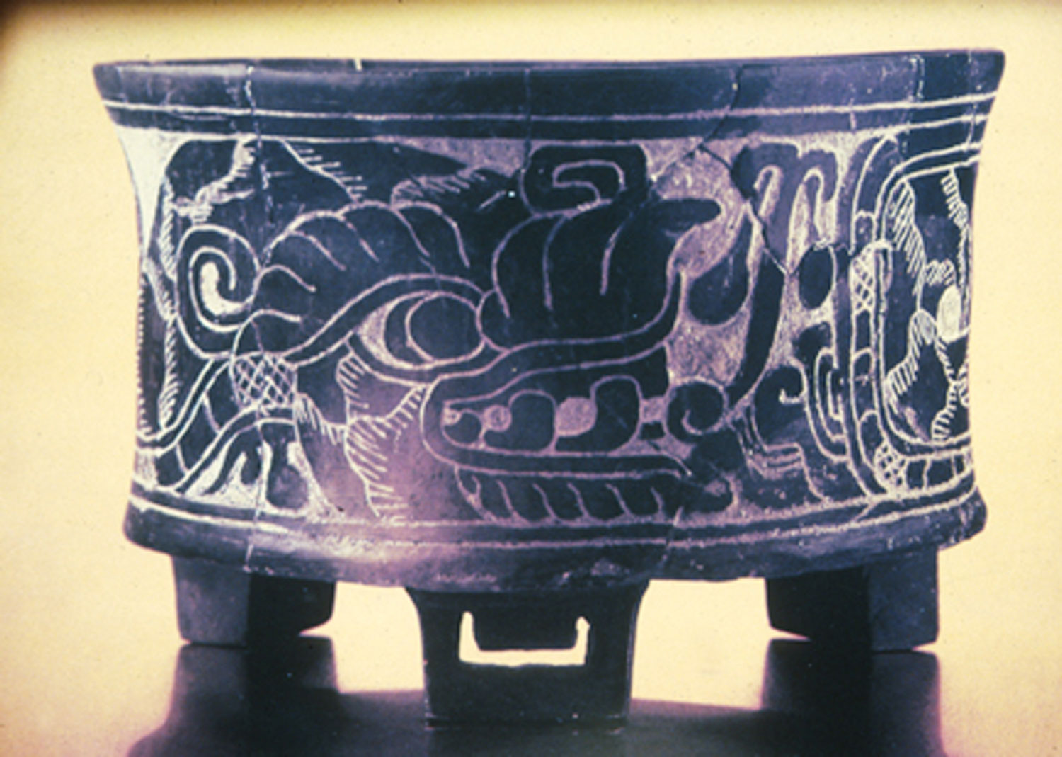 Vase from Teotihuacán, with Quetzalcóatl (600-750 AD).